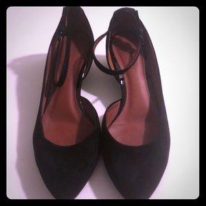 Ankle Strap Suede Low Platform Shoes